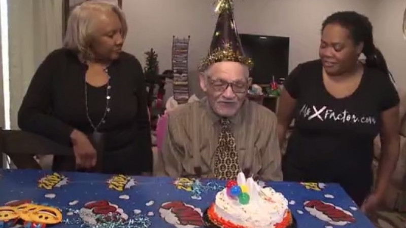 WWII vet celebrates 100th birthday
